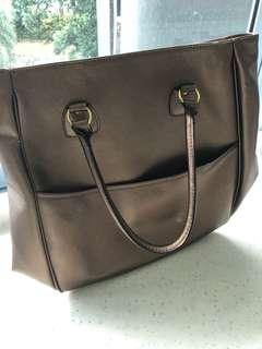 🚚 Ladies bag