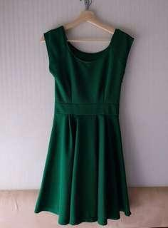 Green basic dress