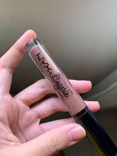 NYX Lingerie Lip Gloss in Maison