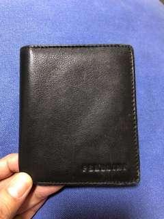 🚚 Very practical wallet