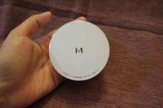 M Magic Cushion SPF50+/PA+++ (plus puff) No.23