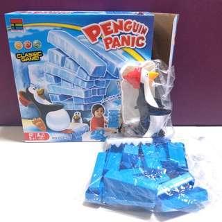 95%新 penguin panic toys 企鵝層層疊