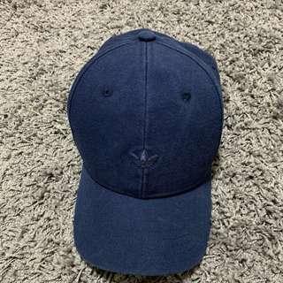 🚚 ❗️便宜賣❗️ Adidas  休閒棒球帽 99%new