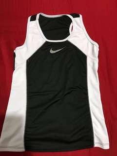 Nike fit Top