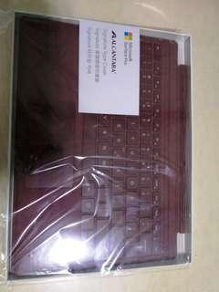 Surface Pro type cover Alcantara.
