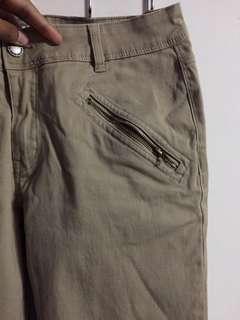 🚚 Straight cut khakhi chino pants