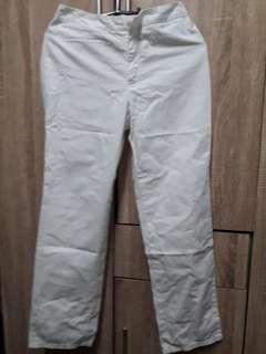 Pre love white pants