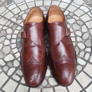 Sepatu kerja salvatore ferragamo size 43