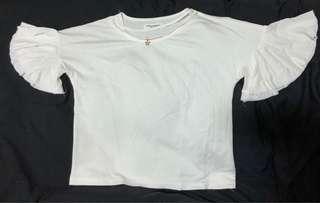 🚚 #現貨 簡約清新荷葉袖白衣#一百均價