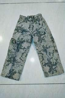 CHILDREN'S JEANS 4-7 YEARS (ARMY)