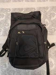 Quiksilver backpack 背包