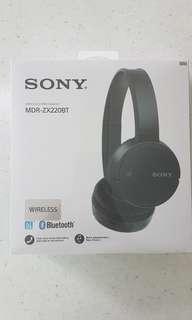 4c800bfac09 bluetooth headphones sony   Audio   Carousell Singapore