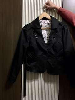 🚚 黑色開會時穿西裝外套