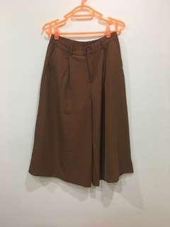 🚚 BN iora camel colored culottes