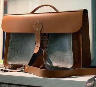 """Authentic Leather Satchel 15"""" UK"""