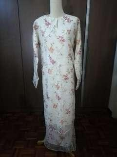 PRE-LOVED LACE-SATIN BAJU KURUNG