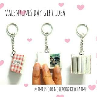 🚚 Valentines day gift idea Mini photo notebook keychains