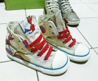 Authentic converse and vans
