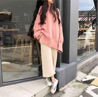 慵懶風兩件式套裝 粉紅針織毛衣+杏色寬褲