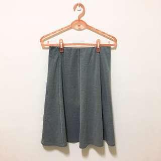 🚚 灰色羅馬布鬆緊帶短裙