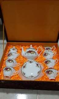 🚚 Chinese teapot set