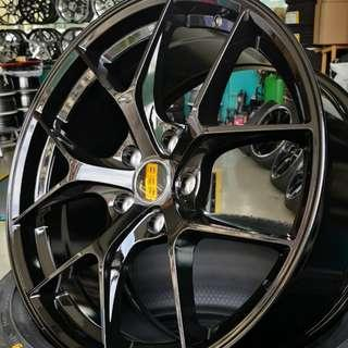 "HRE P101 18"" Gloss Black 5X114.3 (REP) !!!!! (NEW COLOR!!)"