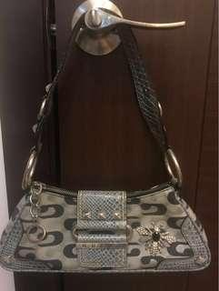 Guess Exclusive hand bag