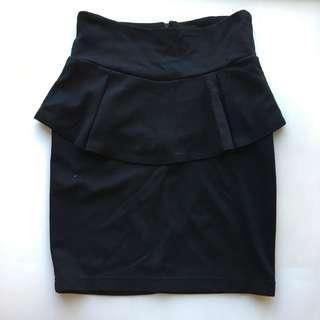 Cotton On 新黑色半截裙 Black Peplum skirt