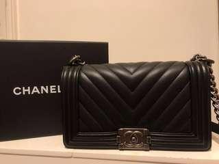 Chanel Boy 25cm  山形紋銀扣 #milan12 #milan01