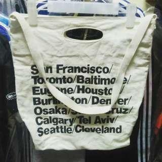 American apparel slingbag