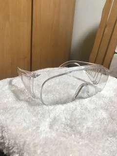🚚 安全護目鏡