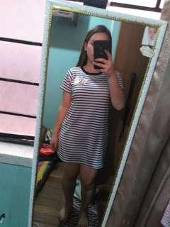 Stripe dress with cute patch