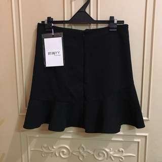 全新魚尾裙 短裙 黑裙 拉鍊式
