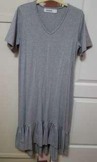 🚚 The Editor's Market Peplum Dress