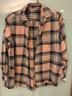 Uniqlo法蘭絨粉格紋襯衫