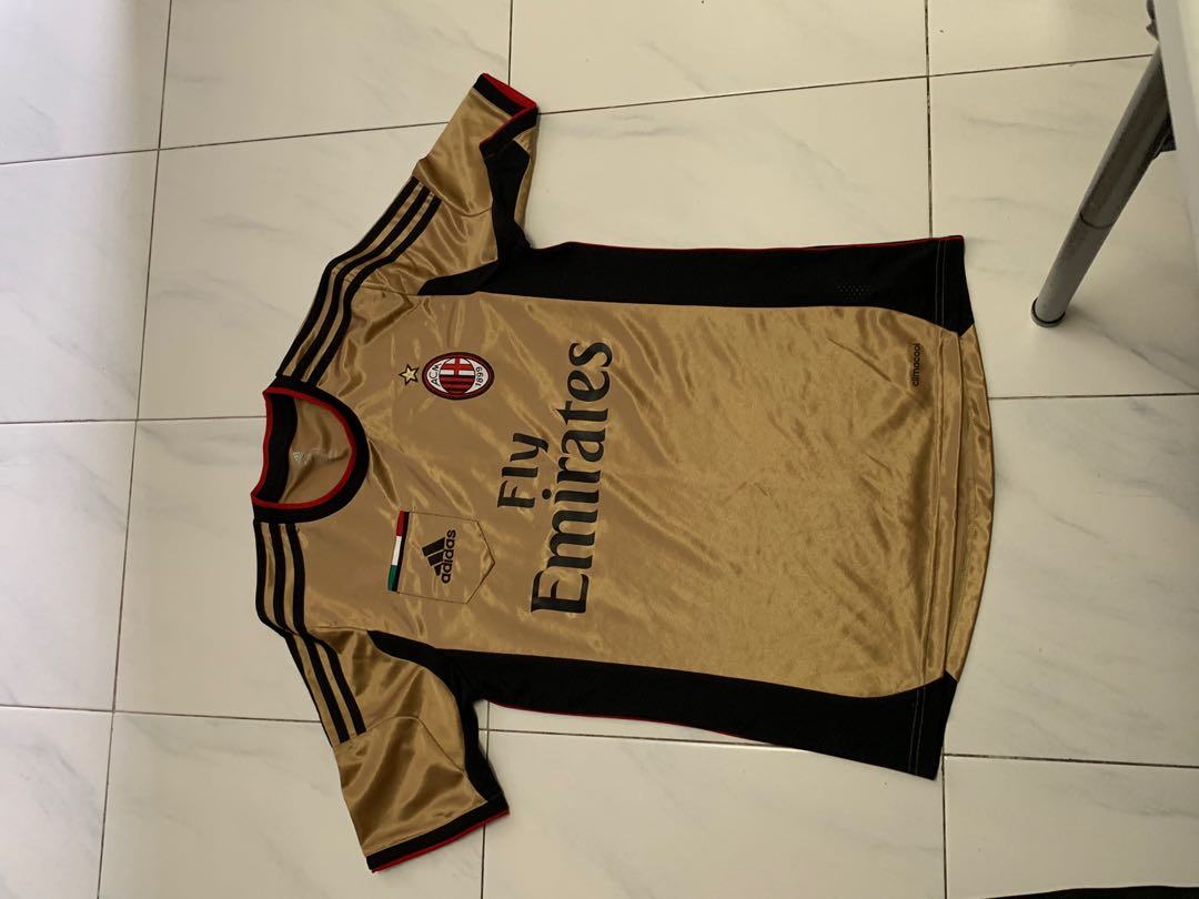 1dc39369feb Authentic AC Milan jersey