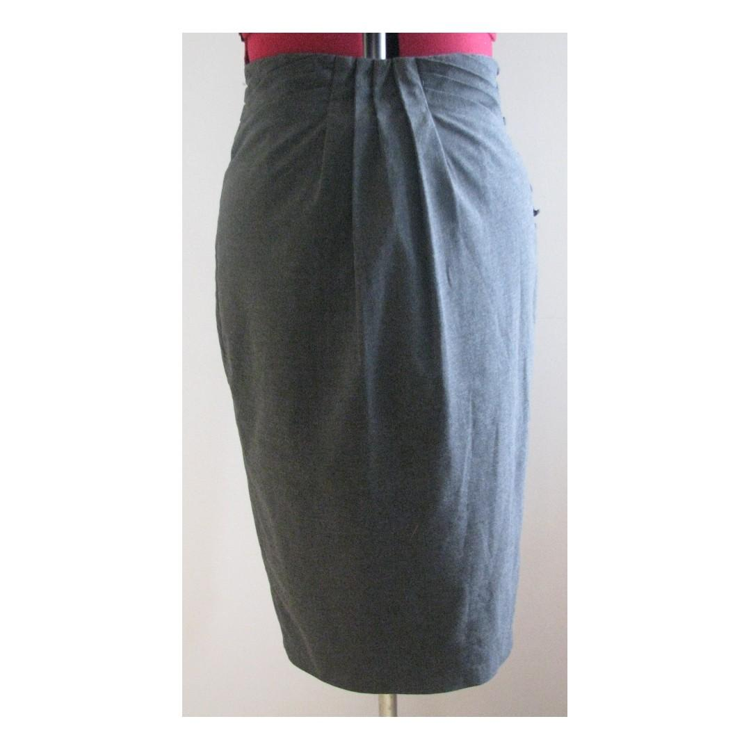 Barkins Grey Pencil Skirt with Button and Pleat Detail - Size 8
