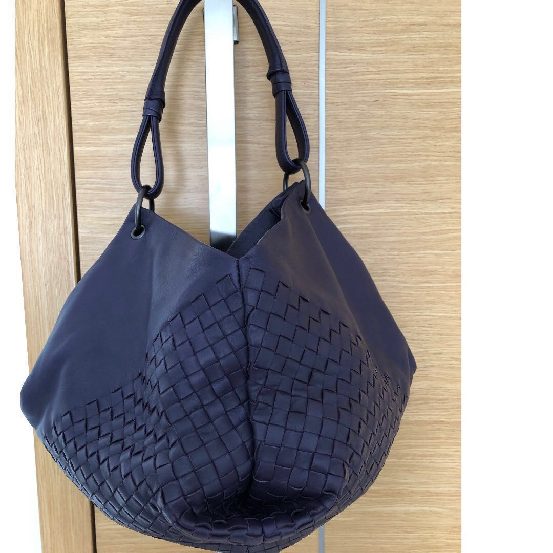 aa28fd3158 Bottega Veneta Leather Intrecciato Nappa Aquilone Fortune Cookie Hobo Bag