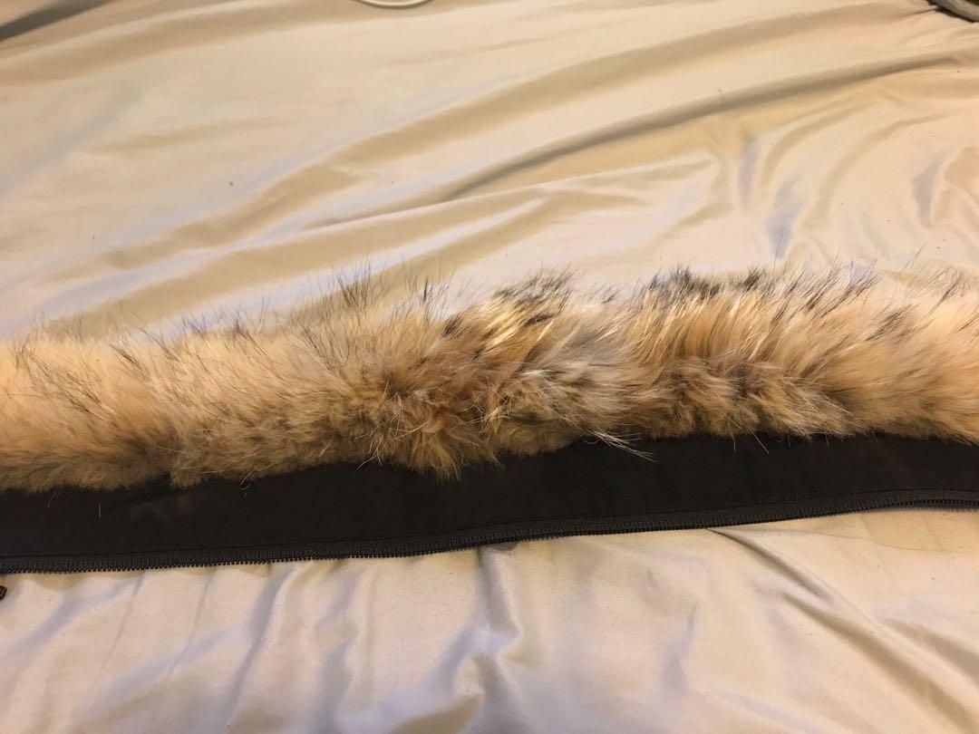 Canada Goose Montebello replacement fur size Small/ Black
