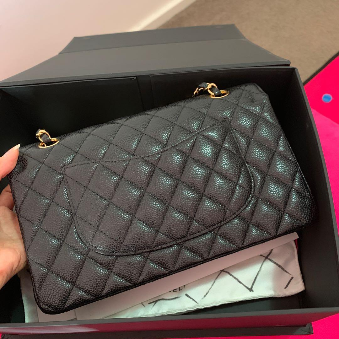 Chanel classic flap medium