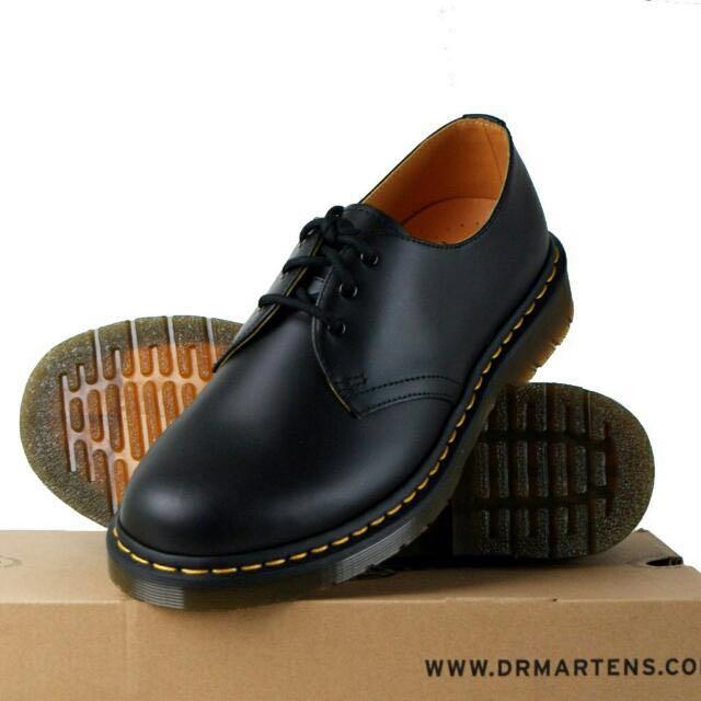 e1d21137d57 Dr Martens Original Low Cut Boots 1461 Smooth AUTHENTIC