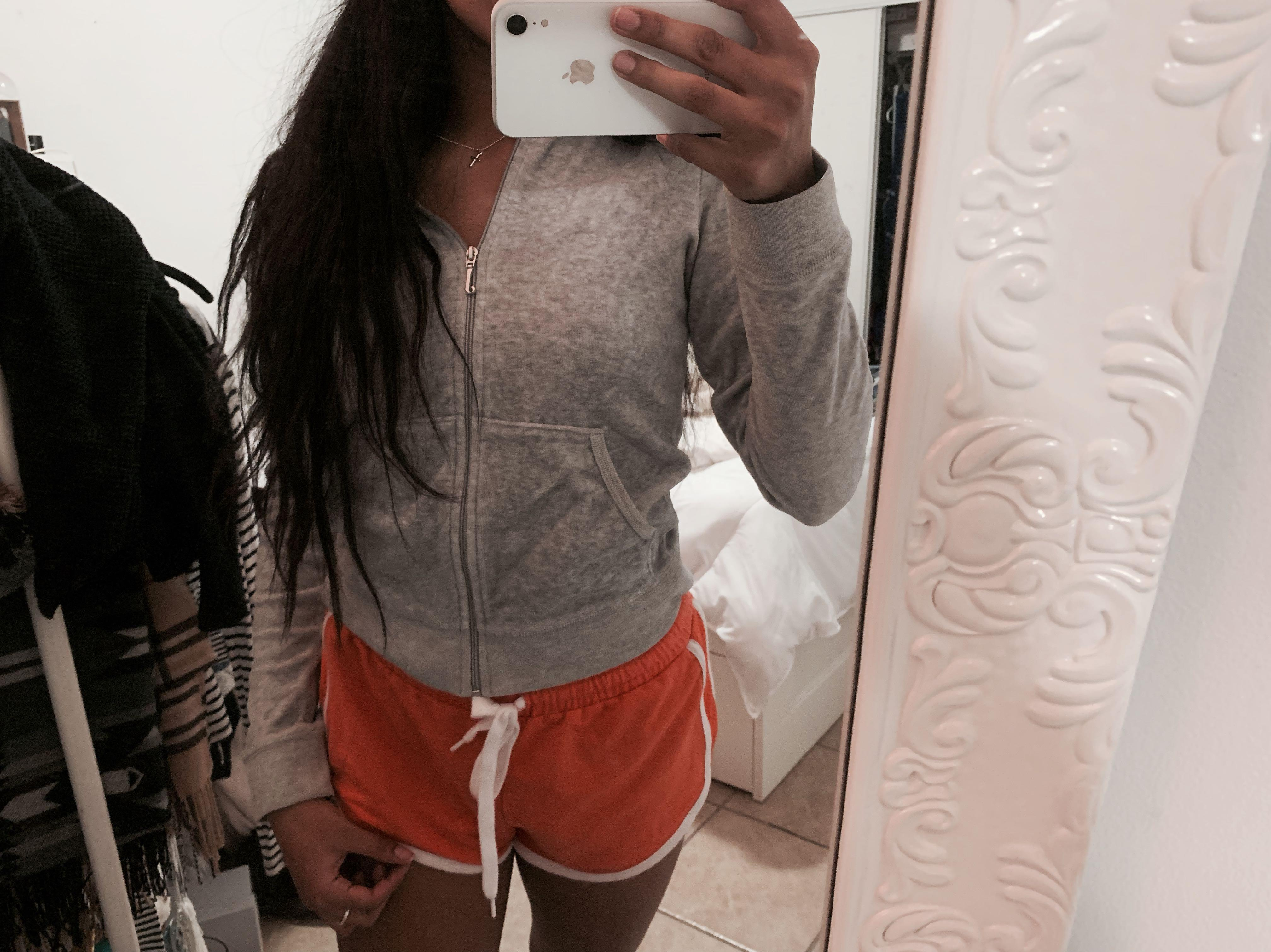GREY JUICY COUTURE SWEATER