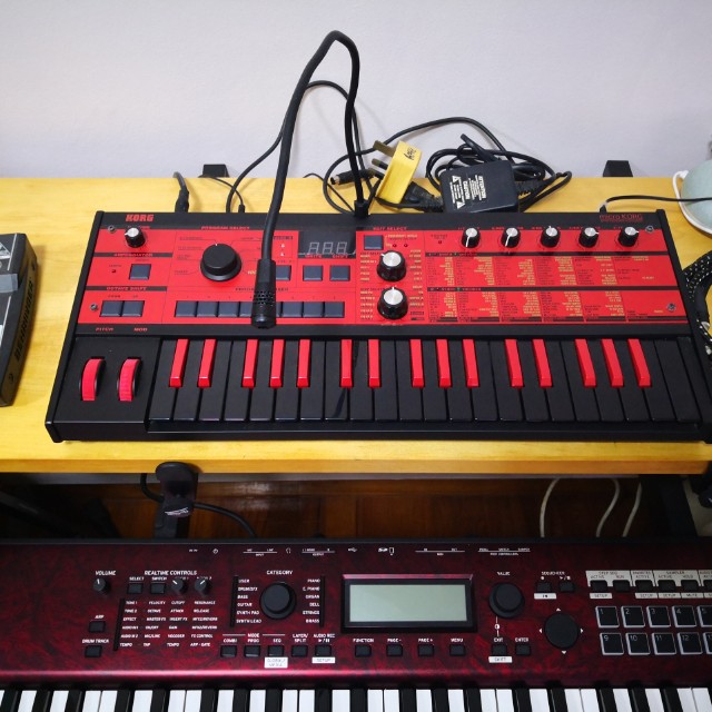 Microkorg red and black edition