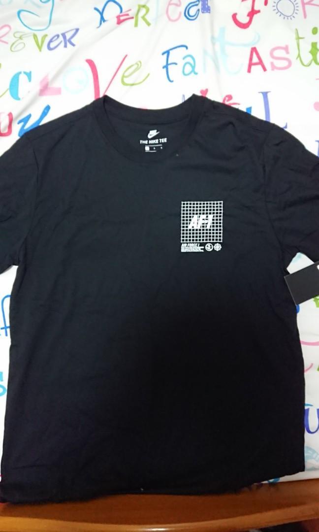 date de sortie: b458d 091be Nike Air Force 1 Black Tee Shirt L, Men's Fashion, Clothes ...