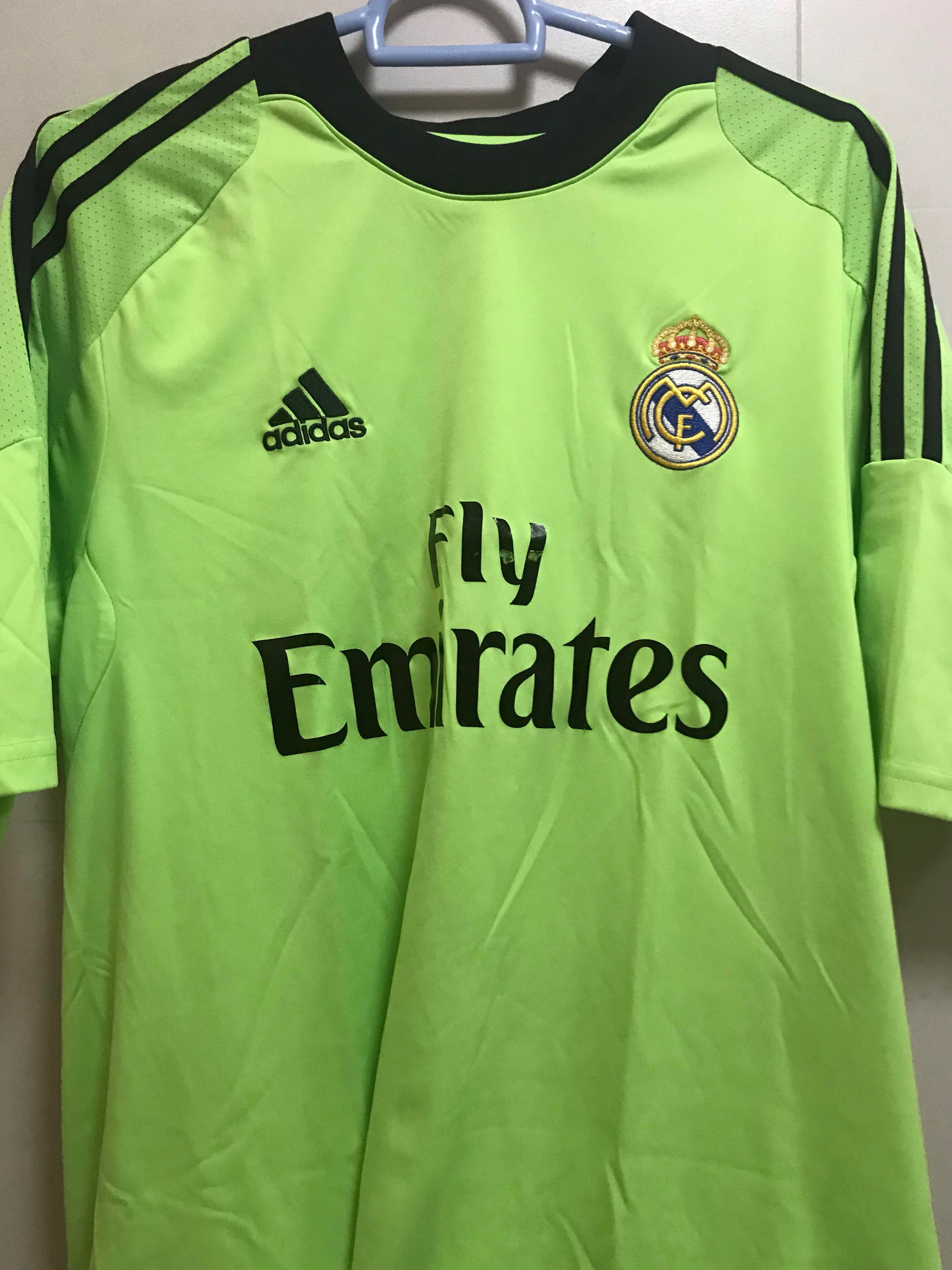 556cb87beca Real Madrid 13 14 Goalkeeper Away Jersey (M Size)