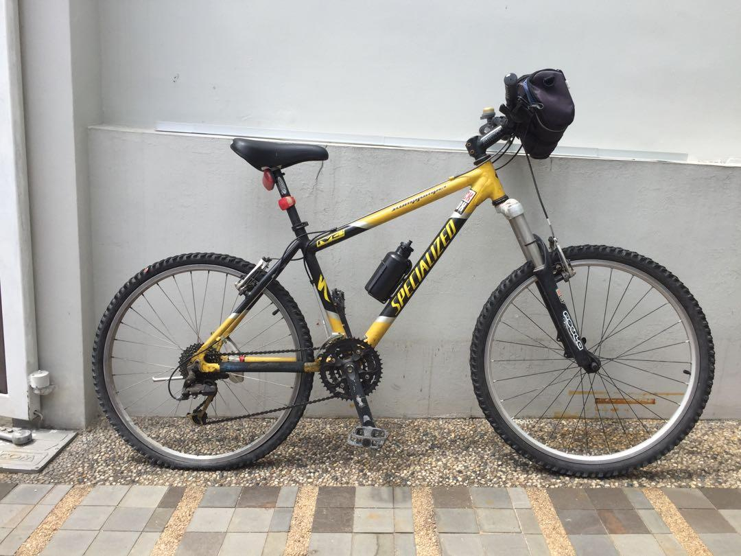 Specialized M4, Bicycles & PMDs, Bicycles, Mountain Bikes on
