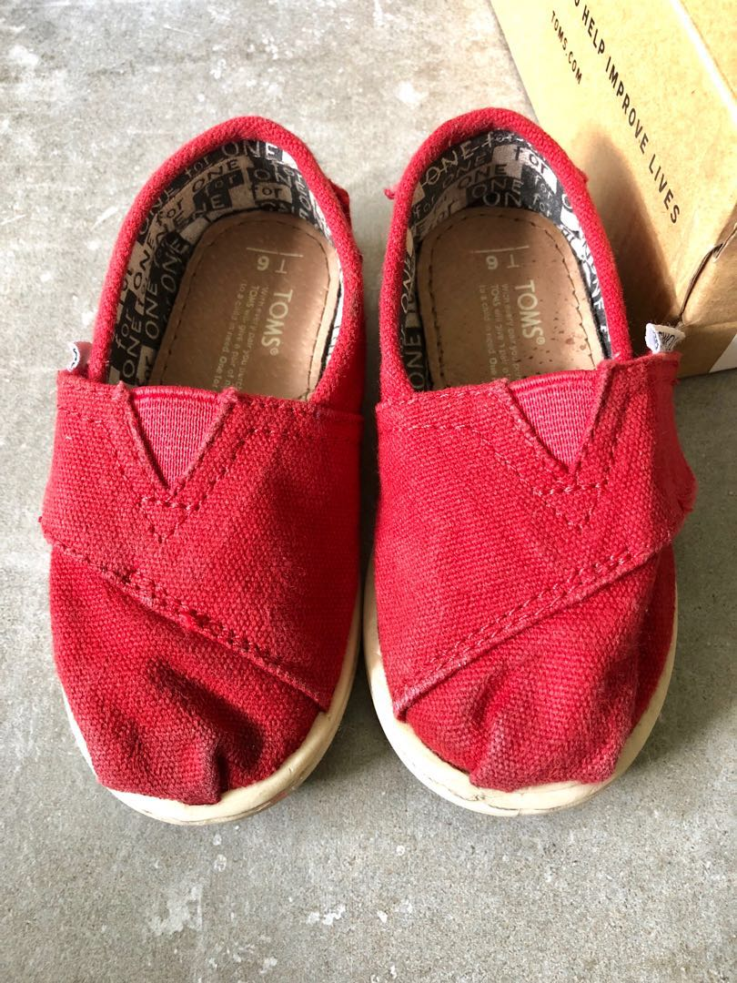 Toms shoes in red - preloved, Babies
