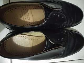 Docmart size 5 black made in england