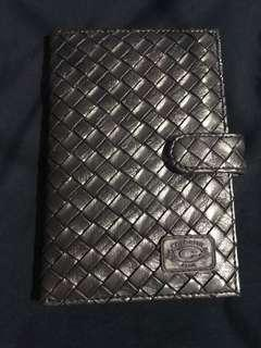🚚 Dark Bronze Checkered Passport Holder