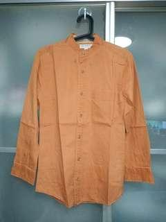 🚚 1 x used light brown long sleeve shirt size S with delivery